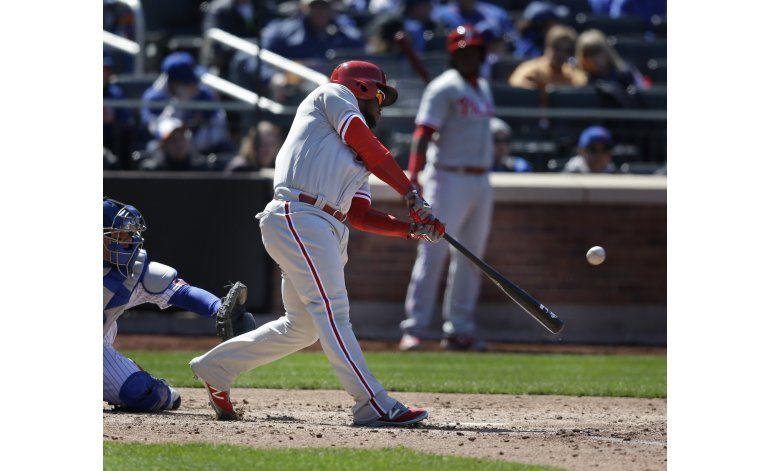 Con jonrón de Herrera, Filis vencen 5-2 a Mets