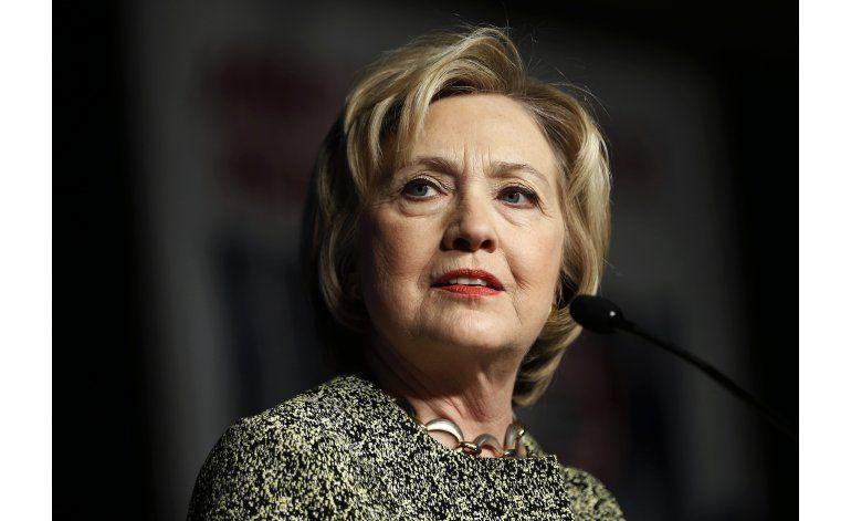 Sondeo: Clinton adelanta a Trump en varios temas