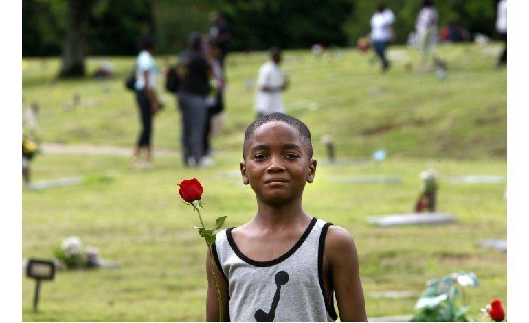 Denuncian graves abusos en muchos cementerios de EEUU