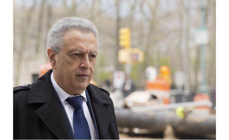 Exdirigente de FIFA se declara culpable en caso de sobornos