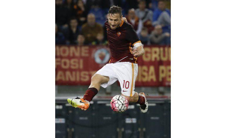 Roma empata con Bologna y cede en puja por segundo puesto