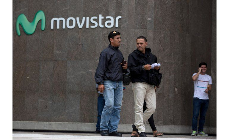 Proveedores servicio celular suspenden llamadas a extranjero