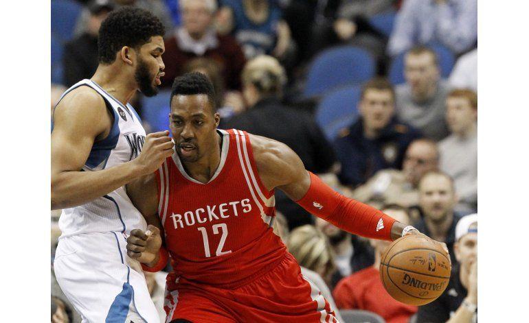 Los Rockets siguen vivos tras victoria ante Twolves
