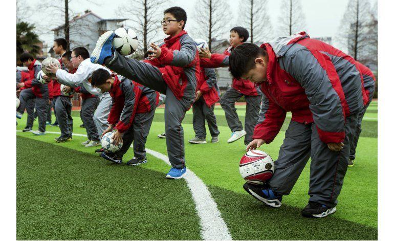 China quiere tener 50 millones de futbolistas