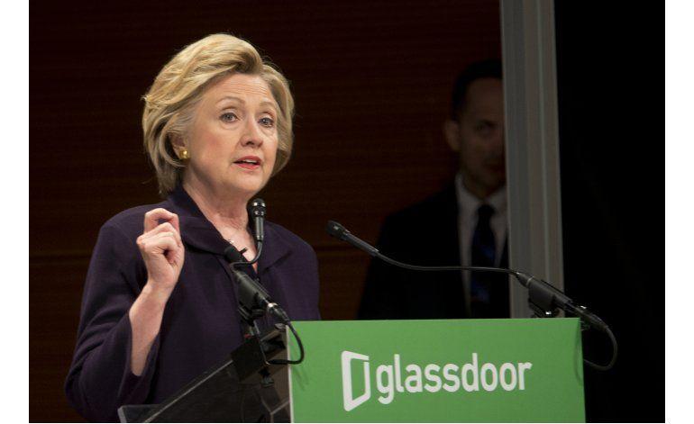Critican a Clinton y alcalde neoyorquino por escena cómica