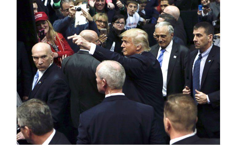 Sindicato de agentes fronterizos ratifica apoyo a Trump