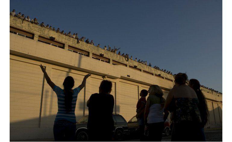 Cárceles México con sobrepoblación y autogobierno de presos