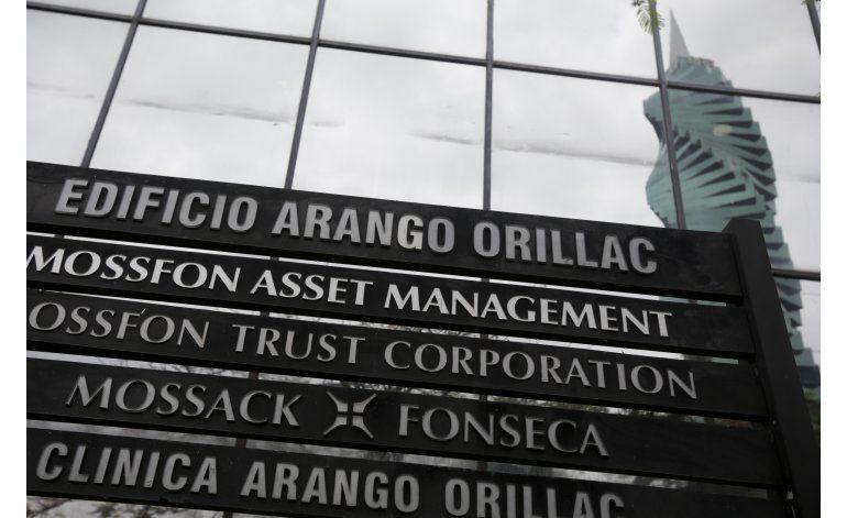 Autoridades fiscales reunidas en París por Papeles de Panamá
