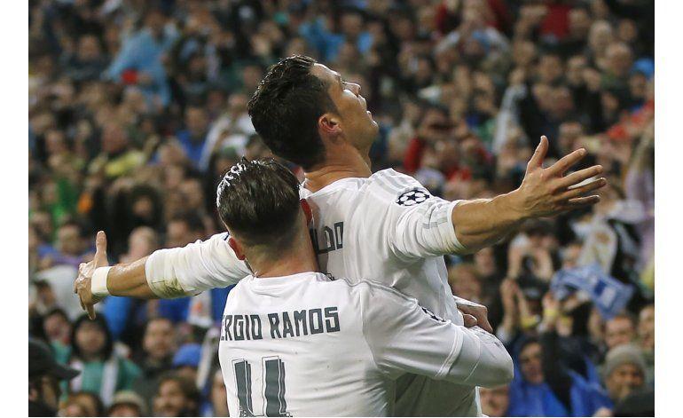 Cristiano responde a las críticas con goles