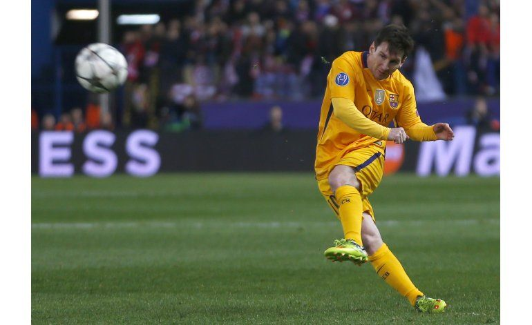 Atlético gana 2-0 y destrona al campeón Barcelona