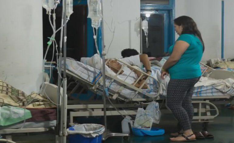 Crisis hospitalaria en Venezuela obliga a personal de la salud a protestar contra el gobierno de Maduro