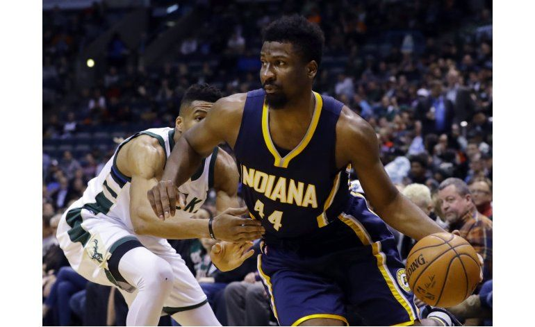 Solomon Hill anota 25 en victoria de Pacers sobre Bucks
