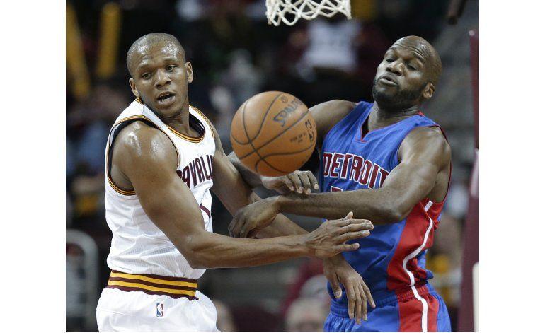 LeBron descansa en derrota de Cavaliers ante Pistons