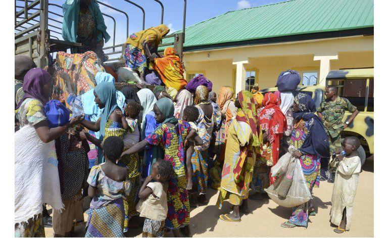 Video parece mostrar vivas a niñas secuestradas en Nigeria