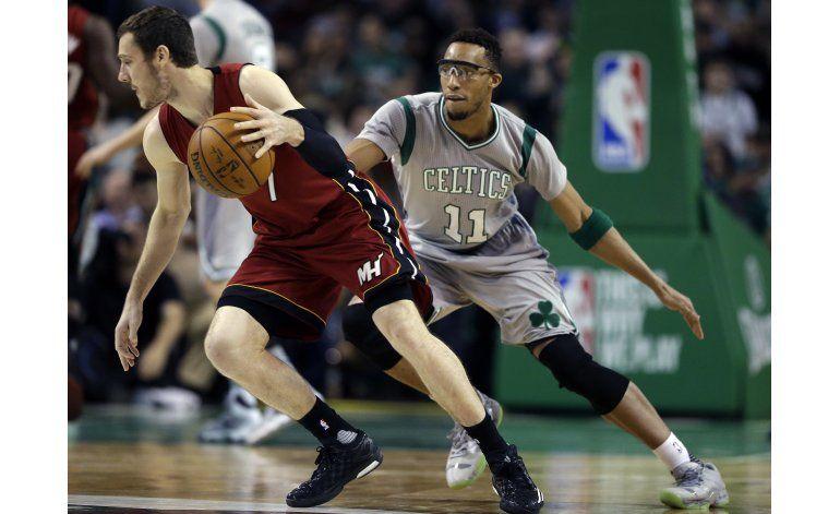 Rockets consigue el último boleto a playoffs