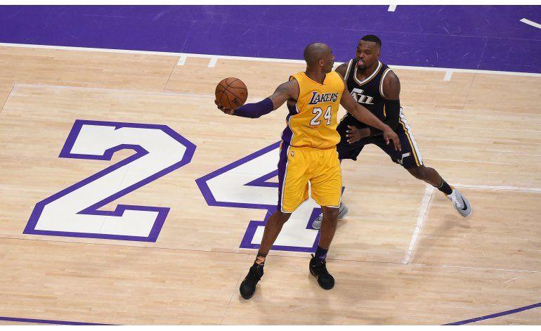 Kobe se despide de la NBA con 60 puntos y un triunfo