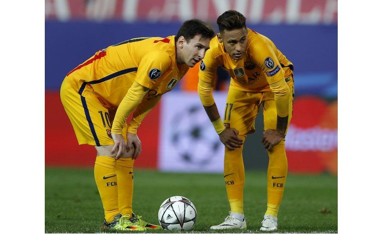 Barcelona en crisis recibe al Valencia