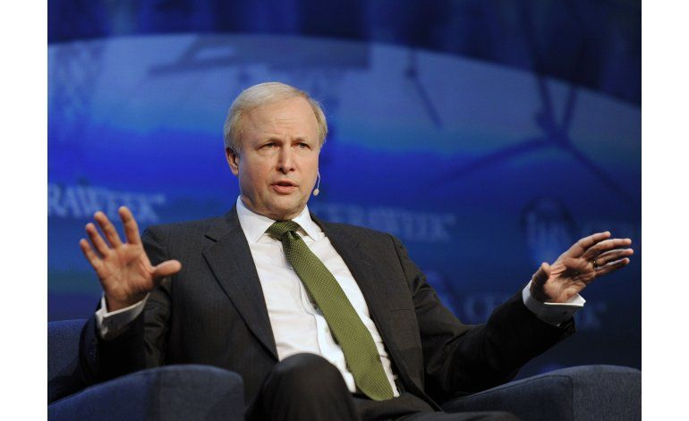 Accionistas de BP critican compensación al director