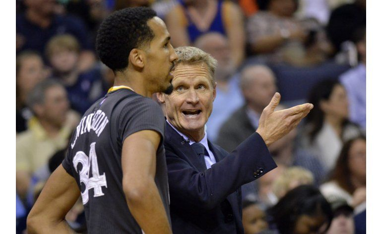 Kerr disfruta el momento mientras Warriors hacen historia