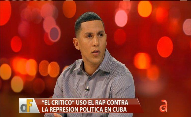 Rapero opositor El Crítico decide exiliarse en EEUU