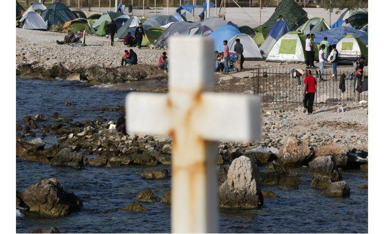Refugiados y activistas optimistas por visita papal a Lesbos