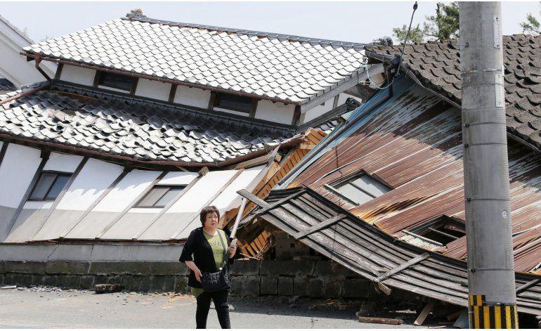 Personas aún conmocionadas tras fuerte sismo en Japón