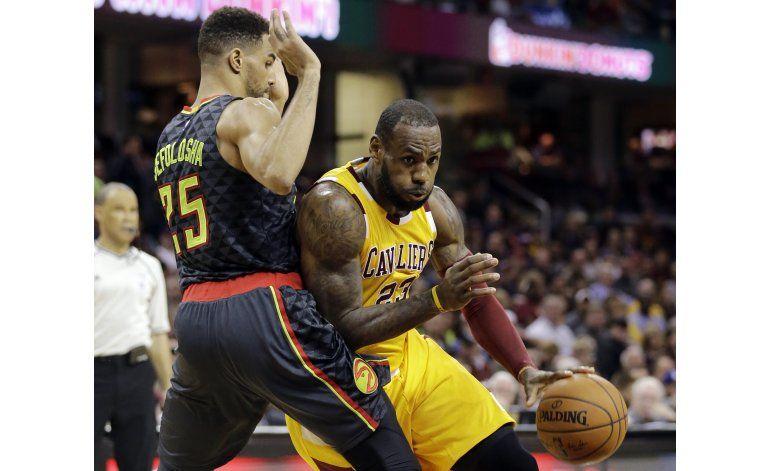 LeBron y Cavaliers concentrados en playoffs y el título