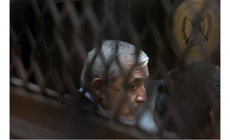 Acusan de nuevo caso por corrupción a Otto Pérez Molina
