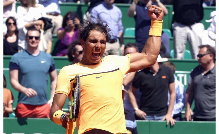 Nadal y Murray avanzan a semifinales en Montecarlo