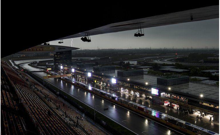 Rosberg logra la pole del GP de China; Hamilton último