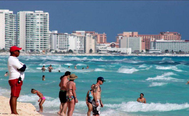 Cubanos asaltan a sus compatriotas en Cancún