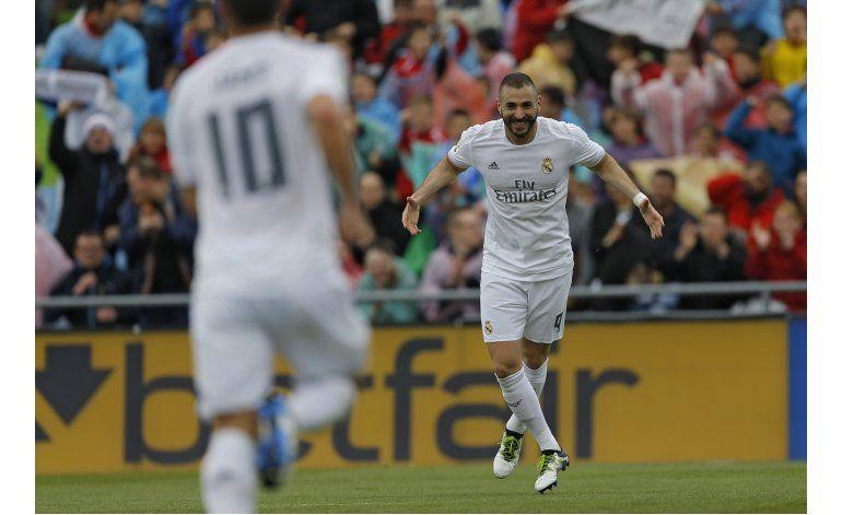 El Madrid golea en Getafe y se pone a un punto del Barsa