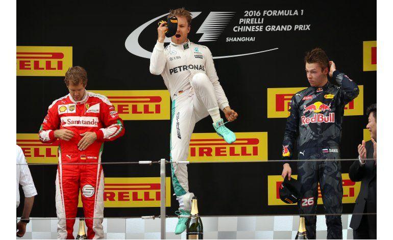 Rosberg gana GP China en 6ta victoria seguida de F-1