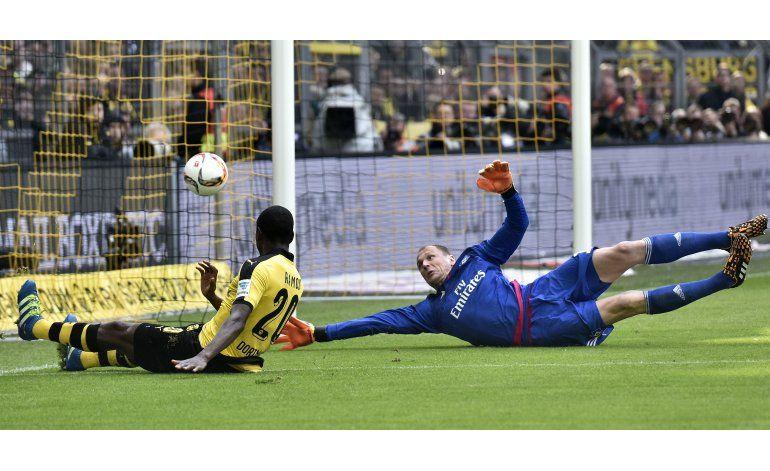 Dortmund gana con dos goles del colombiano Adrián Ramos