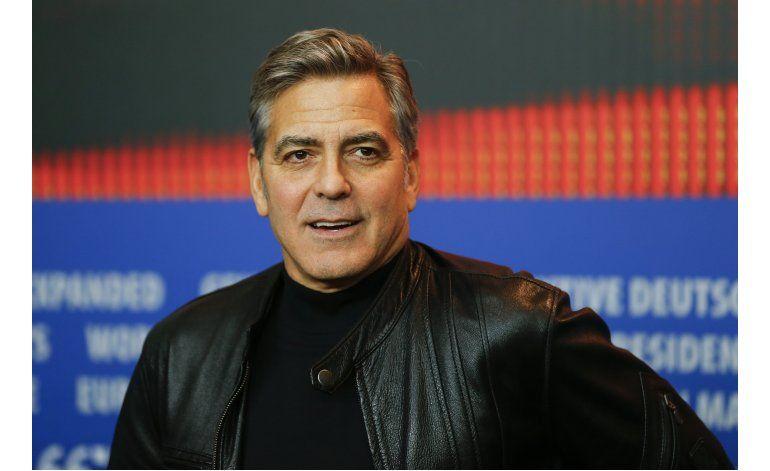Clooney censura falta de financiación de campañas en EE.UU.