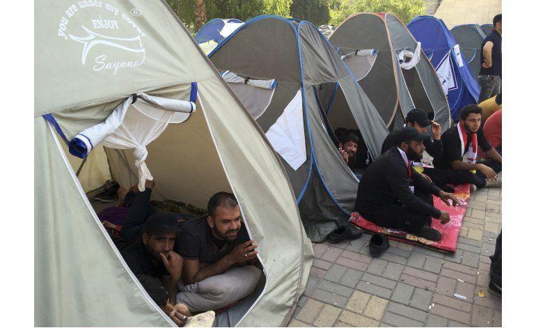 Crece la protesta en Bagdad de seguidores de clérigo chií