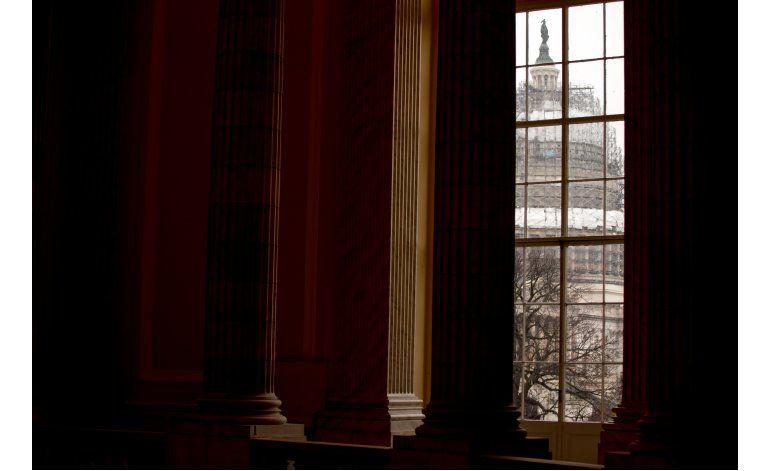 Encuesta: Estadounidenses molestos con el gobierno federal
