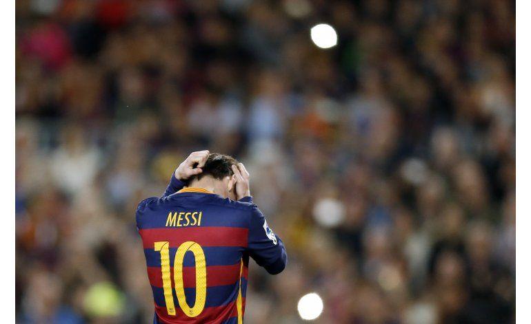 Con Barcelona en caída, Madrid y Atlético intensifican caza