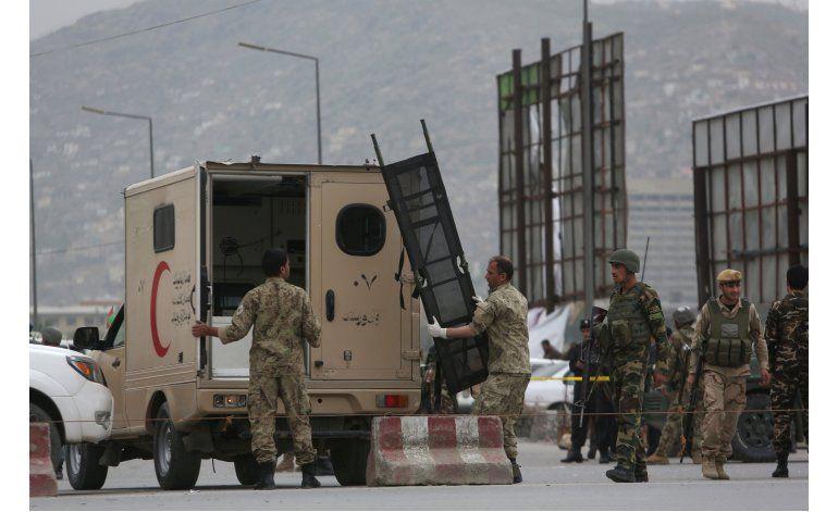 LO ULTIMO: 28 muertos en ataque a agencia oficial afgana
