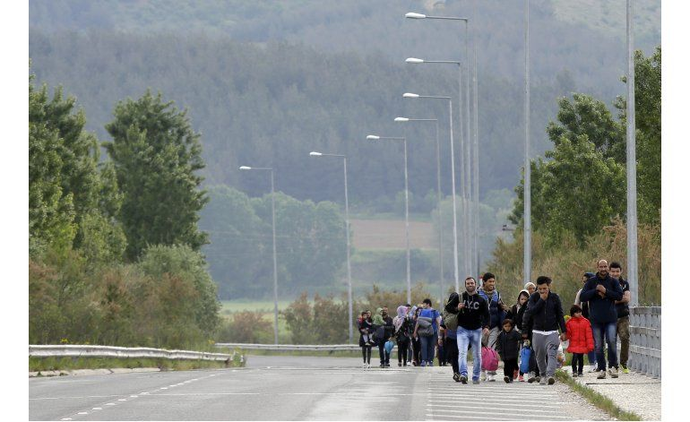 UE dará financiación humanitaria para refugiados en Grecia