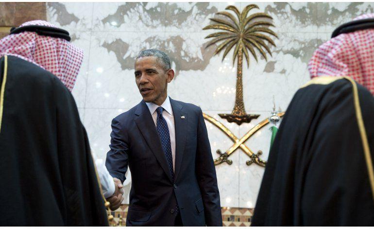 Obama visita Arabia Saudí en medio de tensiones