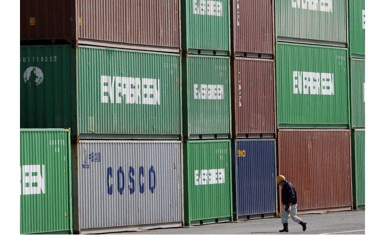 Bajan las exportaciones e importaciones de Japón