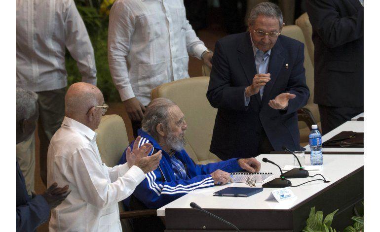 Cuba: Históricos dejarán cúpula comunista en próximos años