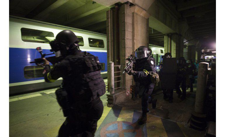 Francia quiere expandir el estado de emergencia a Eurocopa