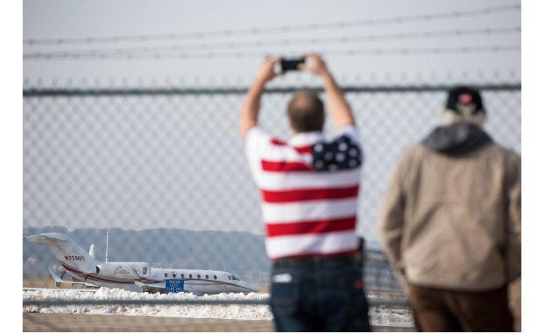 FAA prohíbe que avión de Trump vuele por registro vencido