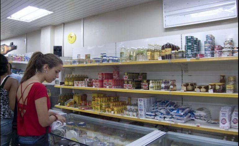 Cuba bajaría los precios de productos de primera necesidad