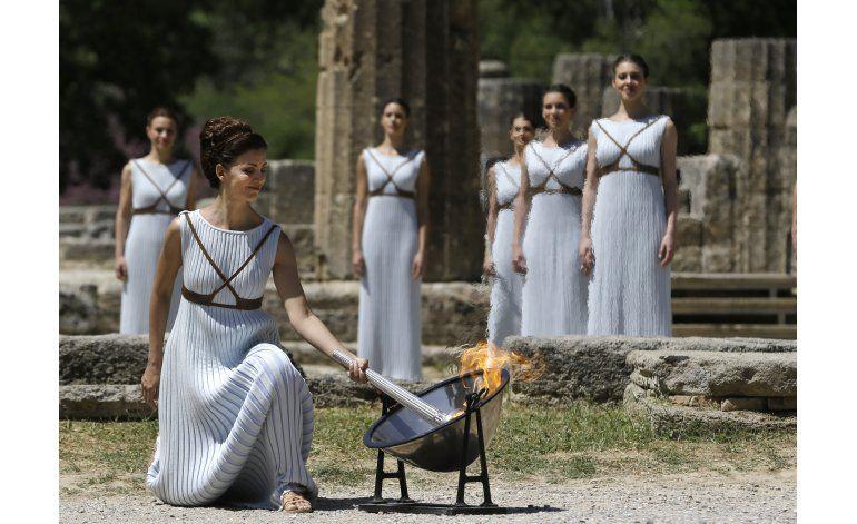 Encendida la antorcha para los Juegos de Rio 2016