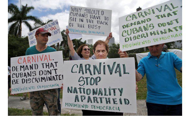 Exiliados cubanos piden evitar discriminación en cruceros