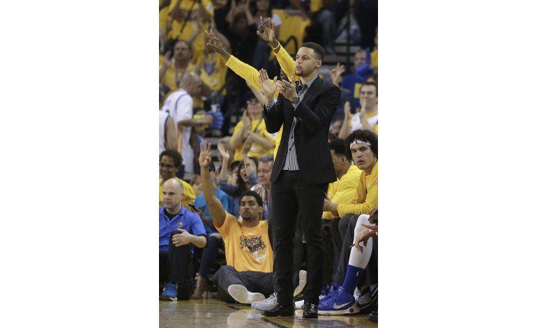 Curry se perderá también 3er juego ante los Rockets