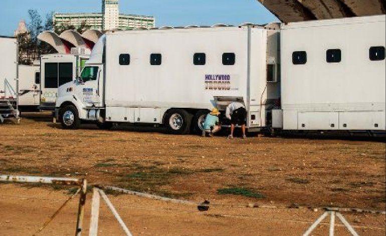 Tres cubanos llegan a EE.UU. escondidos en el barco de la producción de Fast & Furious